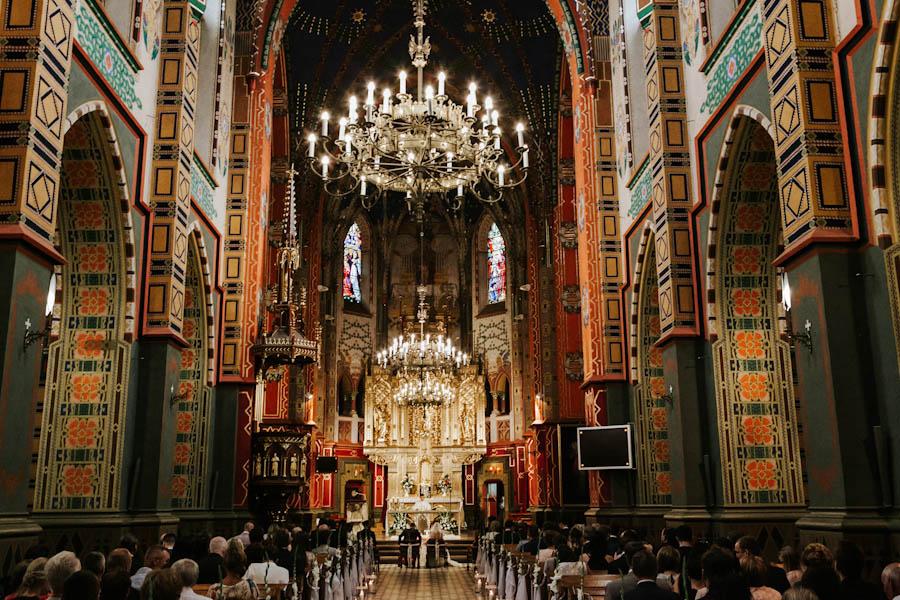 piękna architektura kościoła w Turku